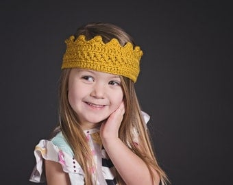 Princess Crown- Prince Crown - Princess Crown Headband- Red Crown- Birthday Crown- Photo Prop- Crochet Headband- Birthday Outfit