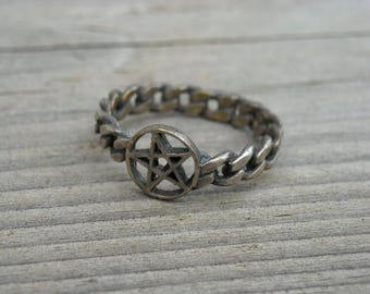 Vintage Silver Pentacle Gunmetal Pentagram Ring Size 7 Gothic Goth Heavy Metal Witch Craft Occult Witchcraft Jewelry Wiccan Pagan Wicca