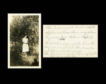 "Vintage Photo ""Loaded with Oregon Apples"" Snapshot Antique Photo Old Black & White Photograph Found Paper Ephemera Vernacular - 134"