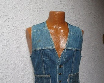 70s Vintage Men's Levi's Patchwork Denim Vest Fresh Produce sm/med.