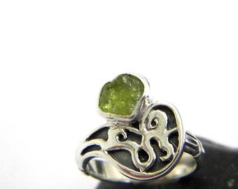 Rough peridot ring sterling silver green raw stone ring, artisan ring, natural peridot birthstone, August birthstone, gift for her