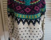 Vintage Hand Knit Sweater S M Scandinavian Boho Hippie Gypsy Bohemian Mod Club Kid 70s 80s Hipster Fall Winter Aspen Ski Festival Teal Blue
