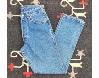 28 waist | 1990's Vintage Levi's 501 High Waist Denim