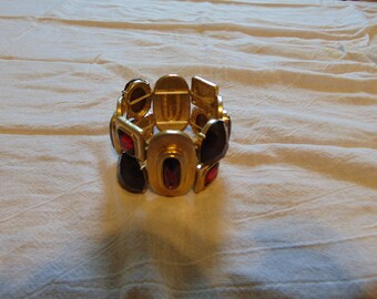 vintage FRAGMENTS mfg. co. red deep purple swarovski crystals chunky wide matte gold bracelet stretch mint unused