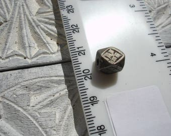 Moroccan tarnished polygon hand engraved bead
