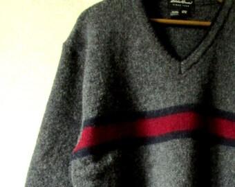 Oversized Sweater V-neck boyfriend pullover charcoal grey thick heavy wool rustic cabin ski vintage 90s unisex style men medium women large