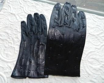 Vintage Ladies Bonwit Teller Black Leather Gloves - Bracelet Length Sz 6 1/2