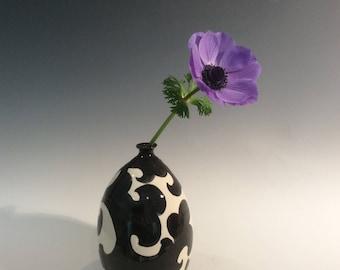 Black and White single flower vase
