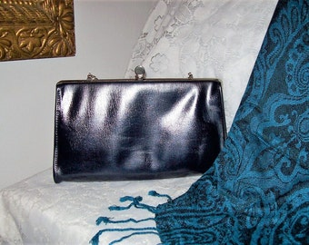 Vintage 1960s Ladies Navy Clutch Bag w/ Flip Lock & Hang Chain Only 5 USD