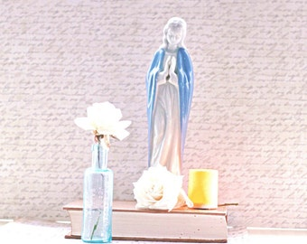 Vintage Virgin Mary Mother Mary Madonna Statue Religious Porcelain
