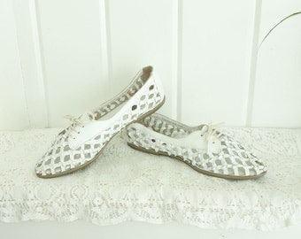 Vintage Cut Out Open Lattice Work Woven White Sneakers Huarache Lace Up Shoes Flats 6.5 7 7.5 M