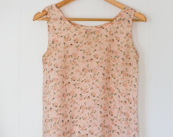 Vintage floral tank / women's / pink / light / summer / blouse / indie / size small