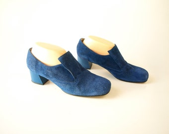 Vintage 60s mod women's blue suede chunky heels shoes size 8.5 or 9