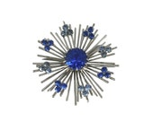 vintage 1970's blue snowflake pin / Sarah Coventry / silver / atomic / costume jewelry / vintage brooch / vintage jewelry