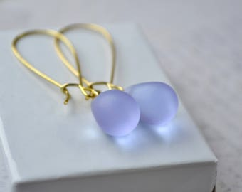 Violet Earrings, Tear Drop Earrings, Glass Bead Earrings, Lilac Wedding, Violet Jewelry, Bridesmaid Earrings, Lilac Earrings Dangle Earrings