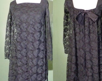 Vtg 60s GOTH Black LACE Mini Dress with LOW Back! Small