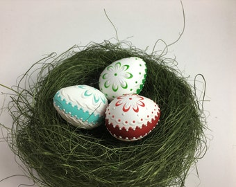 Set of 3 Quail Eggs Pysanky, Polish Pisanki, Wax Embossed Eggs