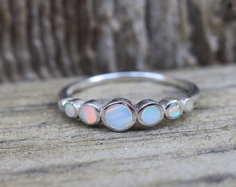 Vintage 925 Sterling Silver White Lab Opal Ring