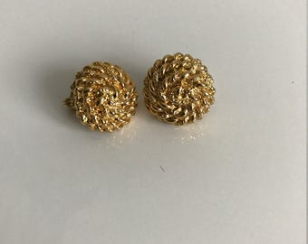 Vintage MONET gold round chain clip on earrings