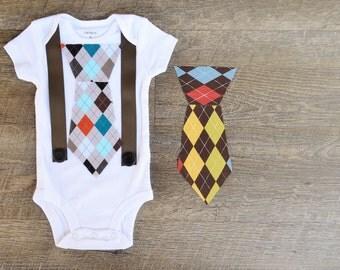 Tie Onesie with Suspenders-  Tie Onesie-  Boy Onesie- Baby Onesie-  Boy Baby Shower Gift- Little Man