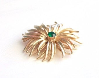 Green Rhinestone Floral Brooch ~ Large Vintage 3D Gold Tone Flower Pin