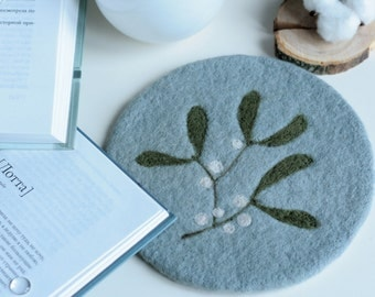 Felted Hot Pad with Mistletoe - Wool Trivet - Kitchen Accessories - Hot Pads - Farmhouse Decor - Mothers Day Gift - Small Kitchen Gift