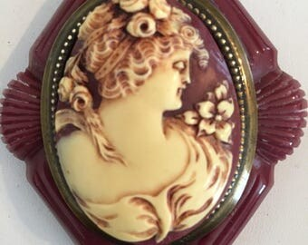 Vintage Cameo Brooch in Ivory & Burgundy Acrylic