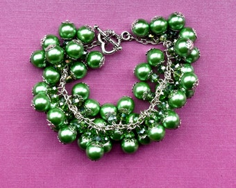 Green Pearl Cluster Bracelet, Green Cluster Bracelet, Crystal Cluster Bracelet, Bridesmaid cluster bracelet, Green Bridesmaid Bracelet