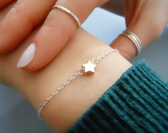 Silver Star Bracelet, Delicate Sterling Silver Star Bracelet, Dainty Star Bracelet, Thin Silver Bracelet, Everyday Silver Bracelet,  #547