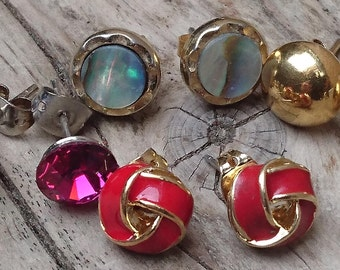 Lot of four pairs of stud earrings