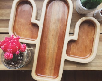 cactus serving tray / wood serving tray