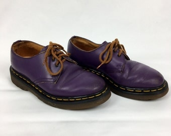 Vintage 70s / 80s Womens PURPLE Doc Martens Oxfords Size UK 4 | US 6 // Leather // Made in England // Punk / Dr Marten