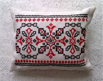 Hand Made Cross Stitch Embroidered Ivory Black Red Folk Art Small Rectangle Throw Accent Pillow - 12 X 15