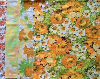 Lot of 4 Mismatched Pillowcases - Orange Yellow White Green Brown Rose Daisy Floral Print - Vintage Retro Flower - Standard Size