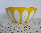 RESERVED FOR BARBARA // Vintage Cathrineholm Yellow Lotus Bowl, 11 Inch Lotus Bowl, Catherineholm Lotus Bowl, Yellow and White Lotus Bowl