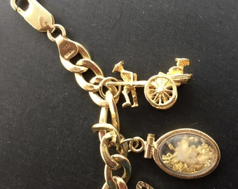 14K Gold Charm Moveable Parts Rickshaw  Marked 585