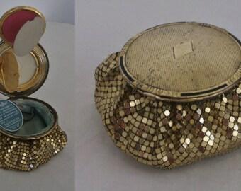 Fabulous 1940s Evans mesh coin purse / deep compact w/multi hidden compartments, original pressed rouge