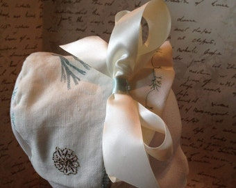 Embroderied Linen Baby Bonnet with detachable bow