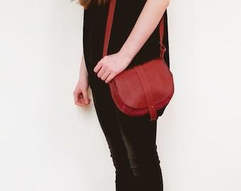 Leather handbag, small saddle bag, crossbody bag, shoulder bag, genuine leather, cotton fabric, adjustable shoulder strap, pocket inside,zip