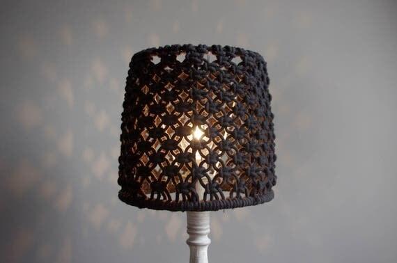 articles similaires abat jour boh me chic en macram noir de coton sur etsy. Black Bedroom Furniture Sets. Home Design Ideas