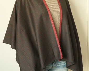 Worsted wool cape  brown and burgundy
