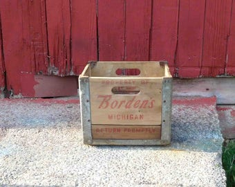 Vintage BORDEN'S Milk Crate Michigan 1957,Wood and Metal, Advertising ,Cesco Container Company