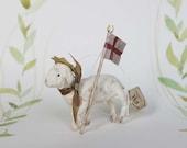 Ostern Nostalgische Wattefigur Osterlamm mit Fahne Ornament Spun Cotton