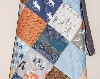 Woodland Quilt Baby, Boy Moose Quilt, Rustic Crib Quilt, Moose Baby Quilt, Woodland Nursery Blanket, Navy Baby Quilt, Baby Boy Quilt