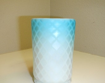 Mother of Pearl Satin Quilted Tumbler