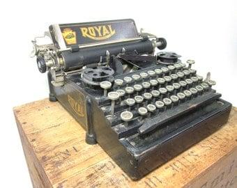 Very Early & Rare 1912 Royal Standard No. 5 Working Typewriter!