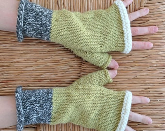 Hand Knit Wool Fingerless Gloves / Handknit Gloves / Wool Gloves
