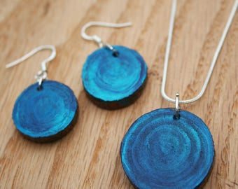Hand painted wooden necklace earring set