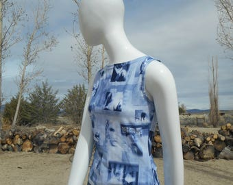 90's Rave Vintage Blue and White Elements Sleeveless Blouse (Women's Size Medium)