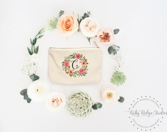Personalized Makeup Bag | Personalized Pouch | Bridesmaid Gift | Watercolor Wreath | Personalized Zipper Pouch | Cosmetic Bag | Bride Makeup